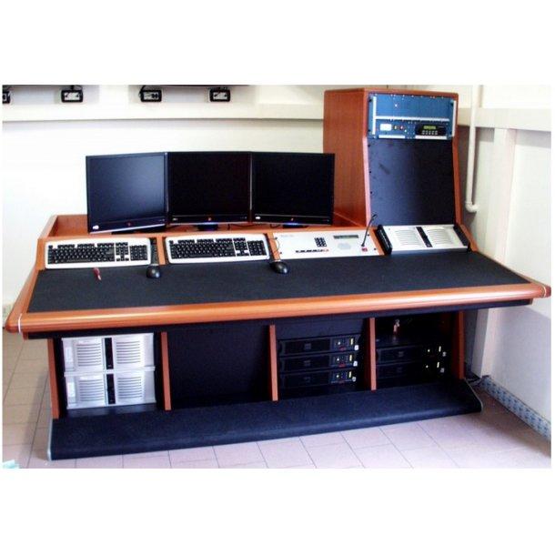 EuroCaster Studio Consoles Poliedro
