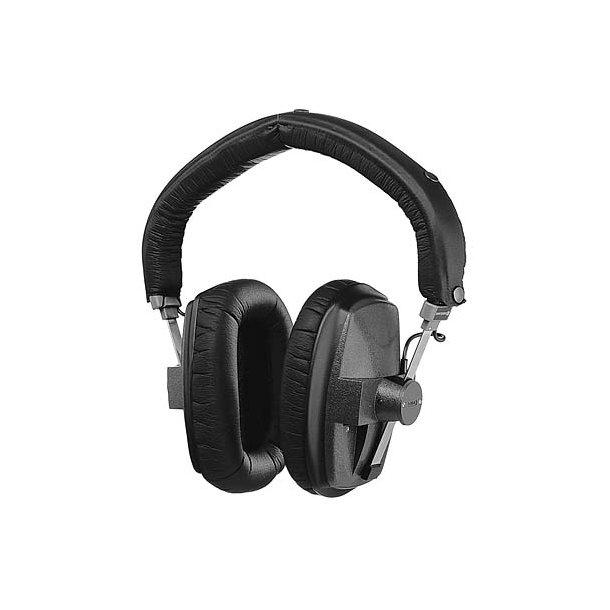 beyerdynamic dt 150 headphone 250 ohms headphones. Black Bedroom Furniture Sets. Home Design Ideas