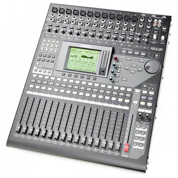 yamaha 01v96i digital mixing console 40 channels studio live mixers. Black Bedroom Furniture Sets. Home Design Ideas